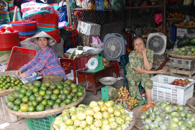 Sur le marché à Huê