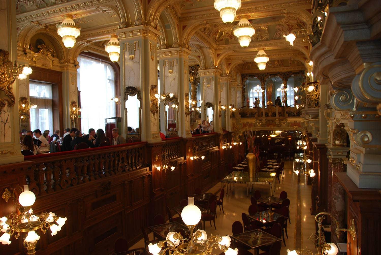 Café de New York : Renaissance, Baroque … un grand mélange kitch !