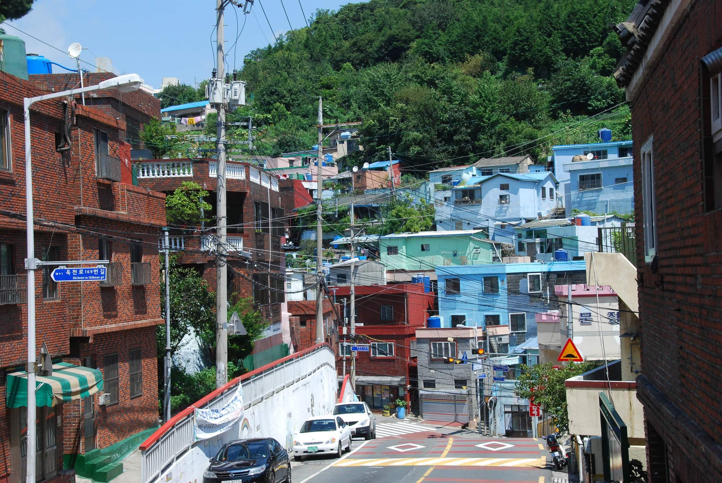 deux semaines en cor e du sud busan gamcheon et temple de haedong yonggung nathalie 39 s backyard. Black Bedroom Furniture Sets. Home Design Ideas